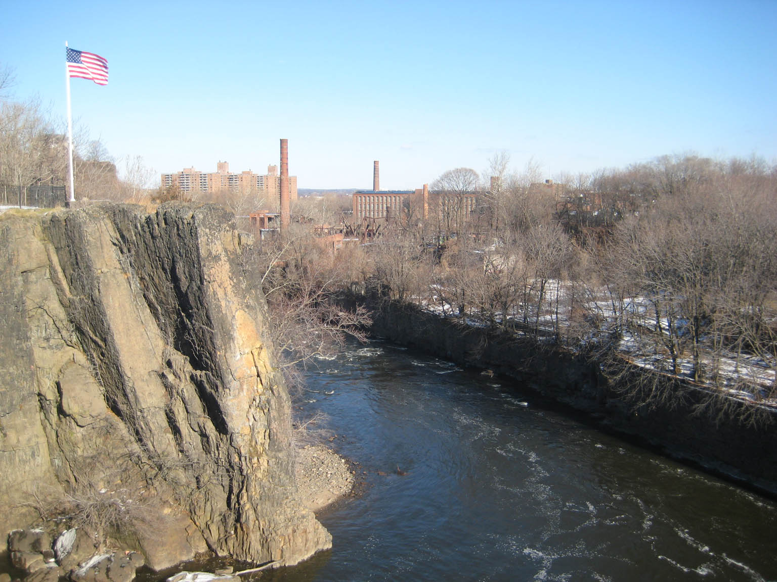 Paterson_From_Falls