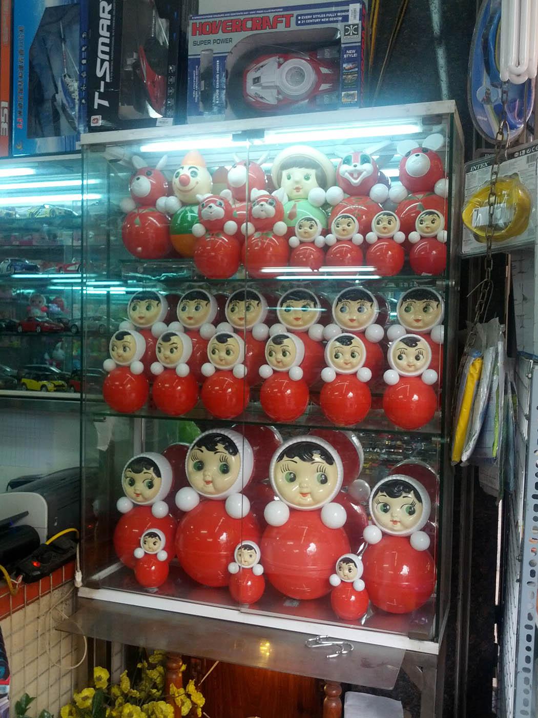 nevalyashka-dolls-hanoi