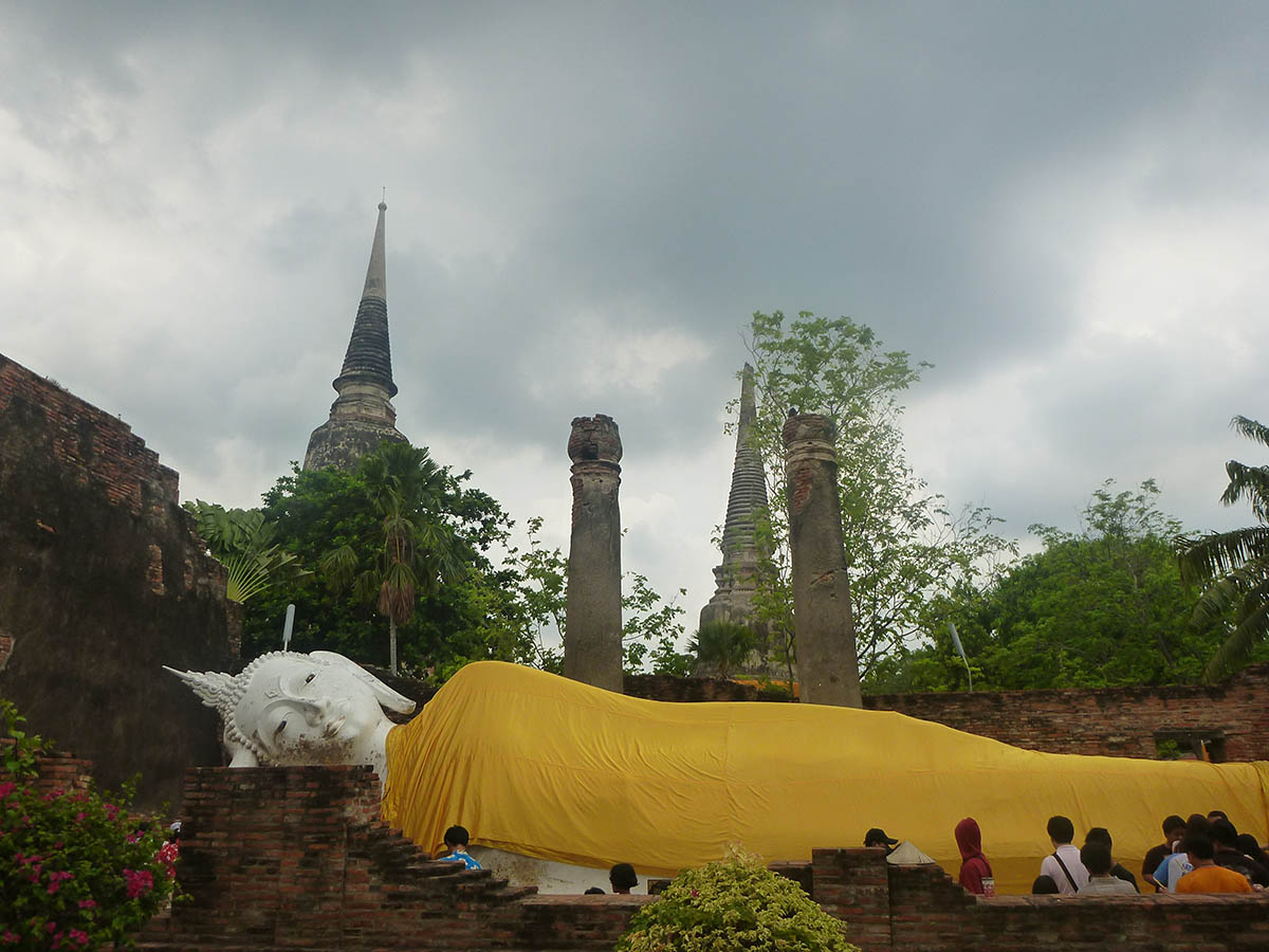 reclining-buddha-wat-yaichaimongkhol